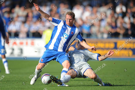 Football - League One - Hartlepool vs Sheffield Wednesday Chris Lines (Sheffield Wednesday) stop the run from Ritchie Humphreys (Hartlepool United) at Victoria Park UK