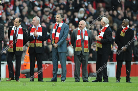 Football - Premier League - Arsenal vs Everton Emirates stadium Ex Arsenal players line up to greet the two teams during their 125th anniversary celebrations L to R George Graham Terry Neill Alan Smith David Court Bob Wilson and Paul Davis