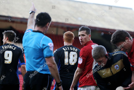 Football Npower Championship Barnsley vs Portsmouth at Oakwell Stadium Portsmouth's Dave Kitson is sent off for a second yellow card 18/02/2012
