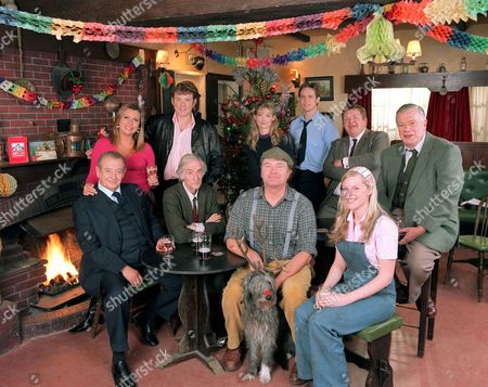 'Heartbeat'   TV  2006 Pictured L-R (Back Row): Gina Ward [Tricia Penrose], Pc Phil Bellamy [Mark Jordon], Dr Helen Trent [Sophie Ward], Pc Rob Walker [Jonathan Kerrigan],  Vernon Scripps [Geoffrey Hughes], Alf Ventress [William Simons] Front Row: Oscar Blaketon [Derek Fowlds], Bernie Scripps [Peter Benson],  David Stockwell [David Lonsdale], Alfred, Rosie Cartwright [Vanessa Hehir].