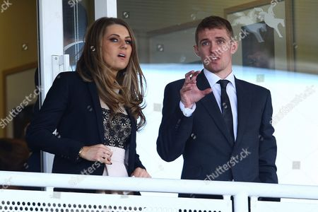 Horse Racing - Grand National Meeting Day One - Aintree Manchester United star Darren Fletcher with wife Hayley Grice