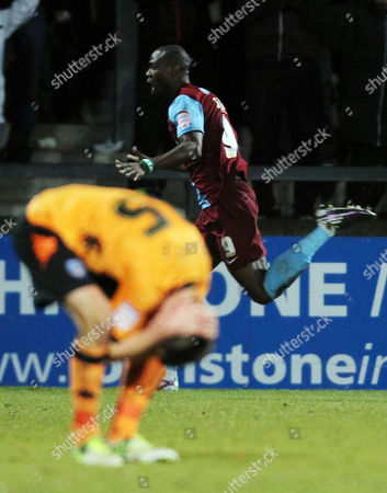 Football - 2012 / 2013 npower League One - Scunthorpe United vs Portsmouth Scunthorpe's Akpo Sodje celebrates scoring the winning goal at Glanford Park
