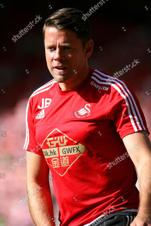 Football - 2015 / 2016 Premier League - Southampton vs Swansea City Former Southampton striker now Swansea City Assistant First Team Coach James Beattie before kick off at St Mary's Stadium Southampton