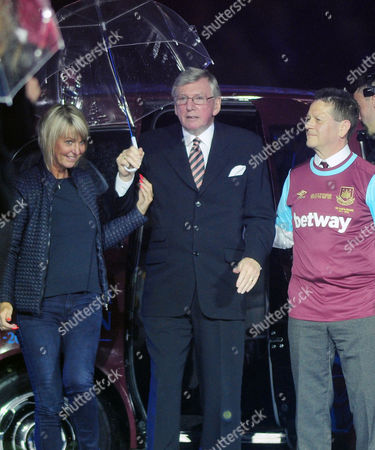 Football - 2015 / 2016 Premier League - West Ham United vs Manchester United Ex West Ham player Martin Peters at Closing ceremony at Upton Park [This is the final game at the Boleyn Ground before West Ham?s move to the Olympic Stadium next season ]