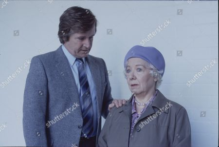 Stock Image of William Roache (as Ken Barlow) and Gabrielle Daye (as Beattie Pearson)