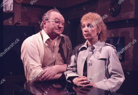 Fred Feast (as Fred Gee) and Lori Wells Keefe (as Kath Goodwin)