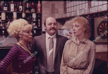 Stock Photo of Julie Goodyear (as Bet Lynch) Nick Stringer (as Frank Harvey) and Lori Wells Keefe (as Kath Goodwin)