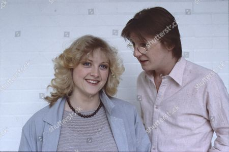 Janette Beverley (as Elaine Pollard) and Kevin Kennedy (as Curly Watts)