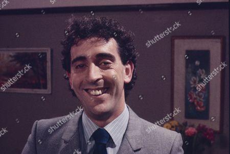 Robert McCulley (as Mr Banks)
