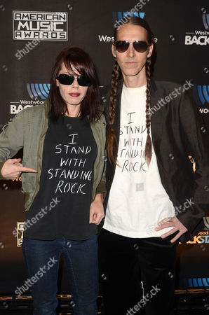 Stock Picture of Fairuza Balk and Stephen Gilmour