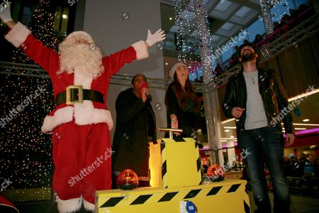 Jennifer Metcalfe & Ayden Callaghan switch on the Broad Street Mall lights