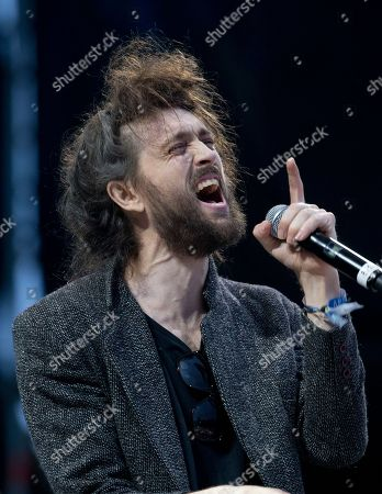 Alex Ebert Alex Ebert, lead singer the U.S. band Edward Sharpe and the Magnetic Zeros, performs at the Corona Capital music festival in Mexico City
