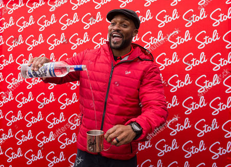 Amani Toomer World Champion Amani Toomer pours his signature Stoli cocktail, The Big Blue Mule, at THE Ultimate #Cocktailgating Experience by Stoli Vodka on in Carlstadt, N.J
