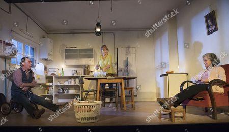 Ron Cook as Robin, Deborah Findlay as Hazel, Francesca Annis as Rose