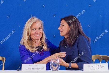 USA Ambassador to France Jane D. Hartley, Mayor of Paris Anne Hidalgo