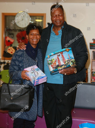 Larry Holmes and his wife Diane