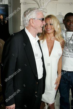 Leslie Nielsen and Pamela Anderson