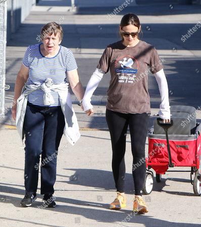 Jennifer Garner, Patricia Ann Garner