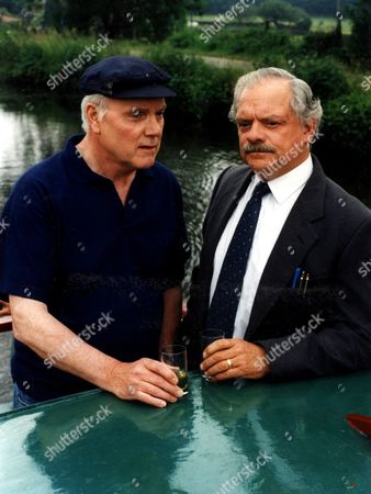 'A Touch of Frost'   TV  Pictured:  Kenneth Cope as Charlie Fairclough and David Jason as Frost.