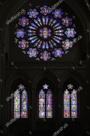 South rose window ''Cheering Church'' by Joseph Reynolds and Wilbur Burnham, Washington National Cathedral or Cathedral Church of Saint Peter and Saint Paul in the diocese of Washington, Washington, DC, District of Columbia, United States of America, USA