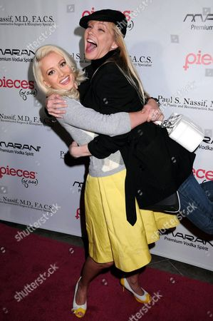 Holly Madison and Julie McCullough