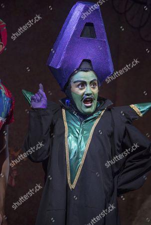 Vikki Stone as Abanazer