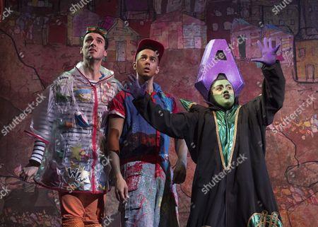 Arthur McBain as Wishy Washy, Karl Queensborough as Aladdin, Vikki Stone as Abanazer