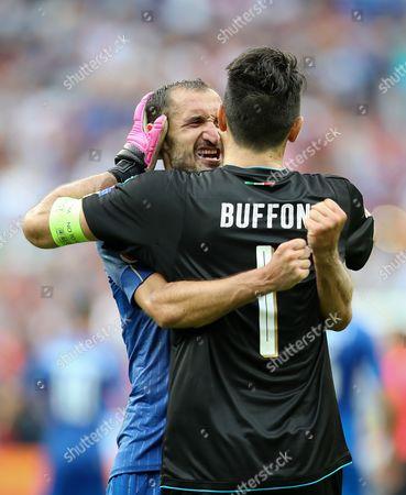 Giorgio Chiellini and Gigi Buffon,the GK after the end of the macth
