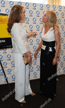 Stock Image of 'Countdown to Zero' Uk Premiere at Bafta Piccadilly Queen Noor of Jordan and Valerie Plame Wilson