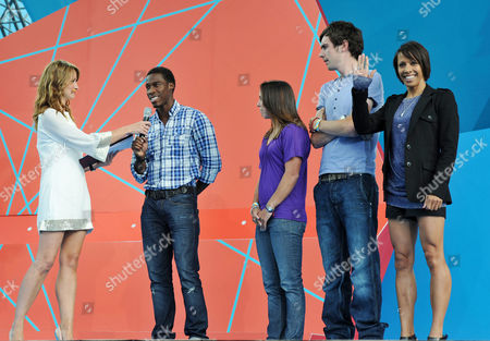 'London 2012 - One Year to Go' Ceremony in Trafalgar Square Ellie Crisell Christian Malcolm Beth Tweddle Andy Tennant and Dame Kelly Holmes