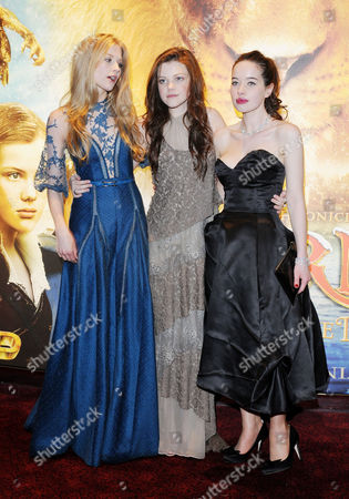 Royal Film Performance World Premiere of 'Narnia: the Voyage of the Dawn Treader' at the Odeon Leicester Square Cast - Laura Brent Anna Popplewell and Georgie Henley
