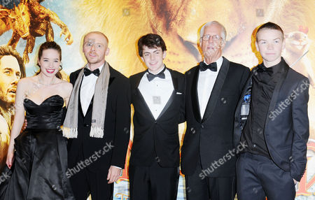 Royal Film Performance World Premiere of 'Narnia: the Voyage of the Dawn Treader' at the Odeon Leicester Square Cast - Anna Popplewell Simon Pegg Skandar Keynes Director Michael Apted Will Poulter