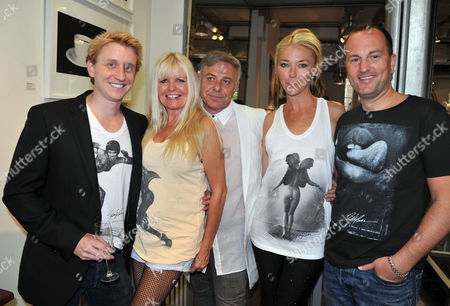 Bob Carlos Clarke T-shirt Range - Launch Party 202 Westbourne Grove London Event to Mark the Launch of the New T-shirt Range Created Together with Premium Organic Clothing Company the Collective Ties in with the Little Black Gallery's Pop-up Exhibition Sticky Fingers Featuring Bob Carlos Clarke's Photographs Bryan Jandrell Lindsey Carlos Clarke Peter Sidell Tamara Veroni & Ghislain Pascal