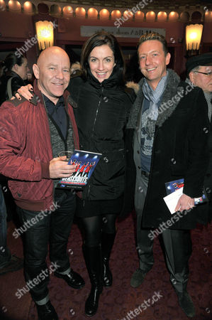 Stock Photo of Jersey Boys Christmas Show at the Prince Edward Theatre Old Compton Street Dominic Littlewood (l) and Melissa Porter
