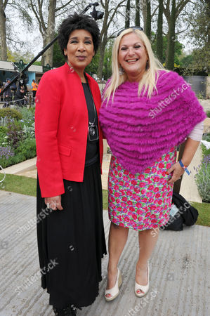 Rhs Chelsea Flower Show Press Preview Day at the Royal Hospital Chelsea Moira Stewart and Vanessa Feltz