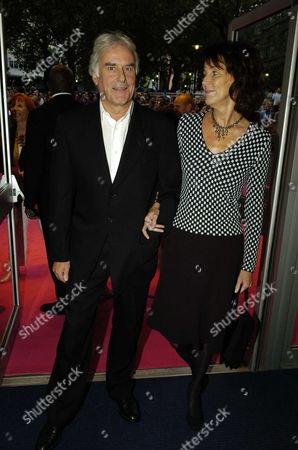 Premiere of 'Stage Beauty' at the Odeon Westend Leicester Square Sir Richard & Lady Sue Eyre