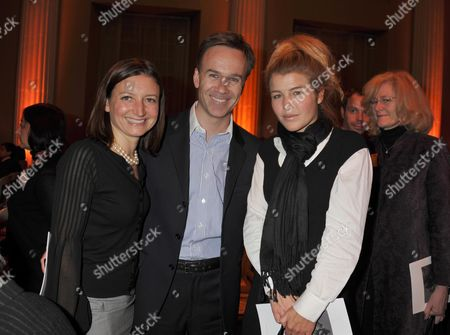 The 9th Walpole Awards For Excellence at the Banqueting House Whitehall London Marcus and Jane Wareing with Amber Aikens