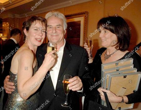2006 Laurence Olivier Theatre Awards at the Park Lane Hilton Hotel Celia Imrie with Sir Richard and Lady Eyre (sue Birtwistle)