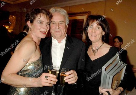 2006 Laurence Olivier Theatre Awards at the Park Lane Hilton Hotel Celia Imrie with Sir Richard and Lady Eyre
