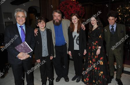 Stock Image of The Prince's Foundation For Children & the Arts Carols at St Jame's Piccadilly Mayfair London John Suchet Daniel Roche Brian Blessed Bonnie Wright Elizabeth Watts & Hamish Clark