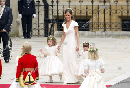 Wedding of William Prince of Wales to Catherine Middleton at Westminster Abbey Pippa Middleton Arrives with the Bridesmaids and Pageboys - Tom Pettifer (blonde) and William (billy) Lowther-pinkerton with Eliza Lopes Margarita Armstrong-jones and Grace Van Cutsem