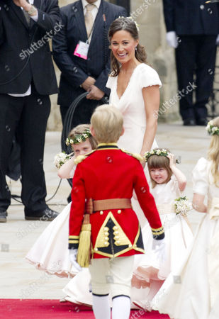 Wedding of William Prince of Wales to Catherine Middleton at Westminster Abbey Pippa Middleton Arrives with Grace Van Cutsem and Eliza Lopes