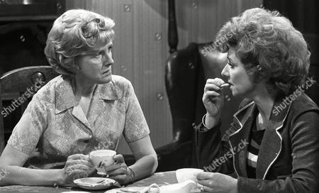 Barbara Knox (as Rita Littlewood) and Irene Sutcliffe (as Maggie Clegg) (Episode 1402 24th June 1974).