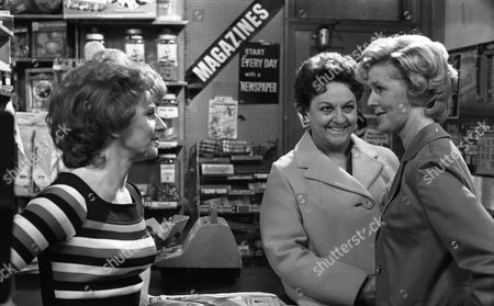 Barbara Knox (as Rita Littlewood), Irene Sutcliffe (as Maggie Clegg) and Betty Driver (as Betty Turpin) (Episode 1402 24th June 1974).
