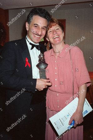 1993 Society of West End Theatre Awards (olivier Awards) Henry Goodman (best Actor in A Musical 'Assassins) with His Wife Sue Parker