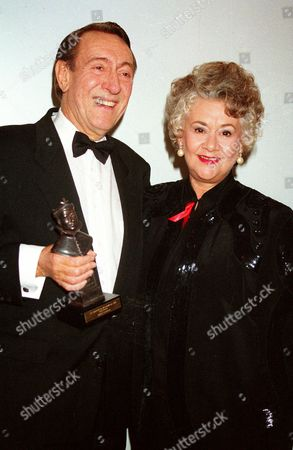 1993 Society of West End Theatre Awards (olivier Awards) Robert Stephens (best Actor 'Henry Iv (parts 1 & 2) with Dame Joan Plowright
