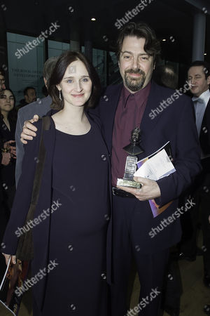 2000 Society of West End Theatre Awards (olivier Awards) at the Royal Opera House Roger Allam (best Supporting Actor 'Money') with His Partner Rebecca Saire