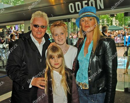 European Premiere of 'Harry Potter and the Prisoner of Azkaban' at the Odeon Leicester Square Roger Taylor & Debbie Leng with Tigerlily and Rufus Tiger Taylor