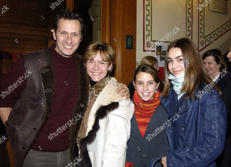 Stock Image of European Premiere of Cirque Du Soleil - 'Dralion' at the Royal Albert Hall Amanda Burton and Sven Arnstein with Their Daughters Phoebe and Brid