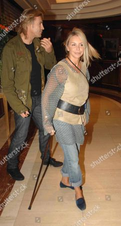 Leslie Ash with Her Husband Lee Chapmaan